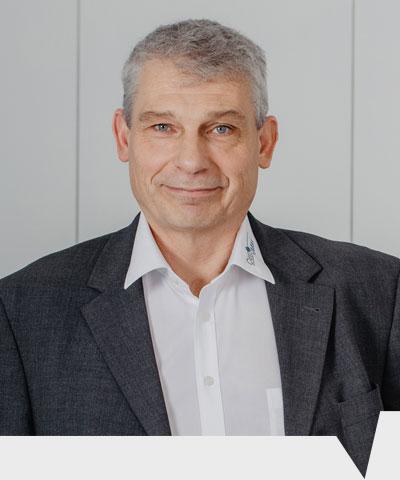 Henning Klarfeld ist Geschäftsführer bei CenMax Sales